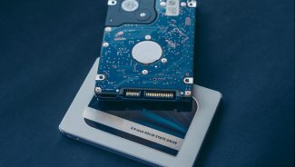 Solid State Drives vs Traditional Hard Drives for Web Hosting | Fast Web Hosting